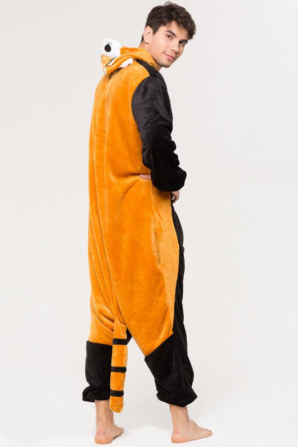 Недорого купить кигуруми в виде Енота / Красной панды в СПб